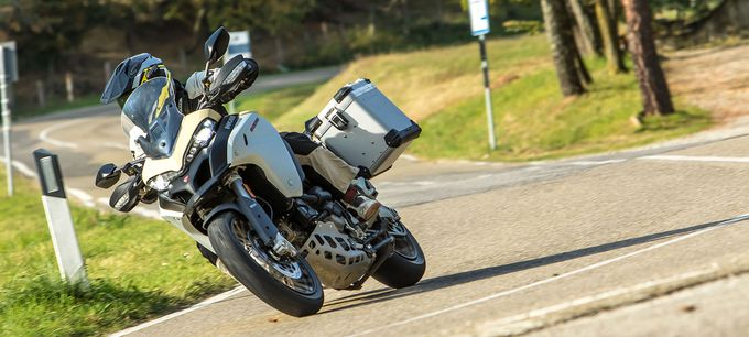 Tremendous 2019 Ducati Multistrada 1260 Enduro First Ride Review Caraccident5 Cool Chair Designs And Ideas Caraccident5Info