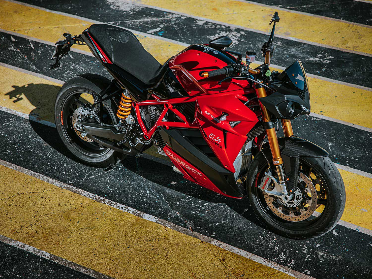 Italian electric motorcycle manufacturer Energica announces an updated streetfighter in the Eva Ribelle.