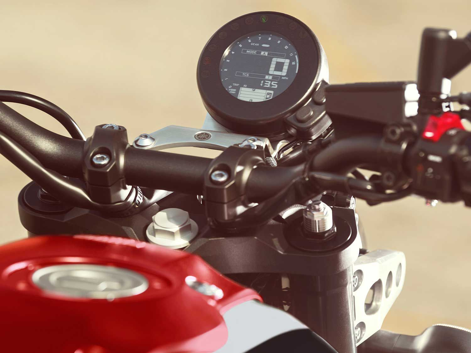 The all-digital LCD gauge has all the usual features plus rider mode and fuel consumption information.