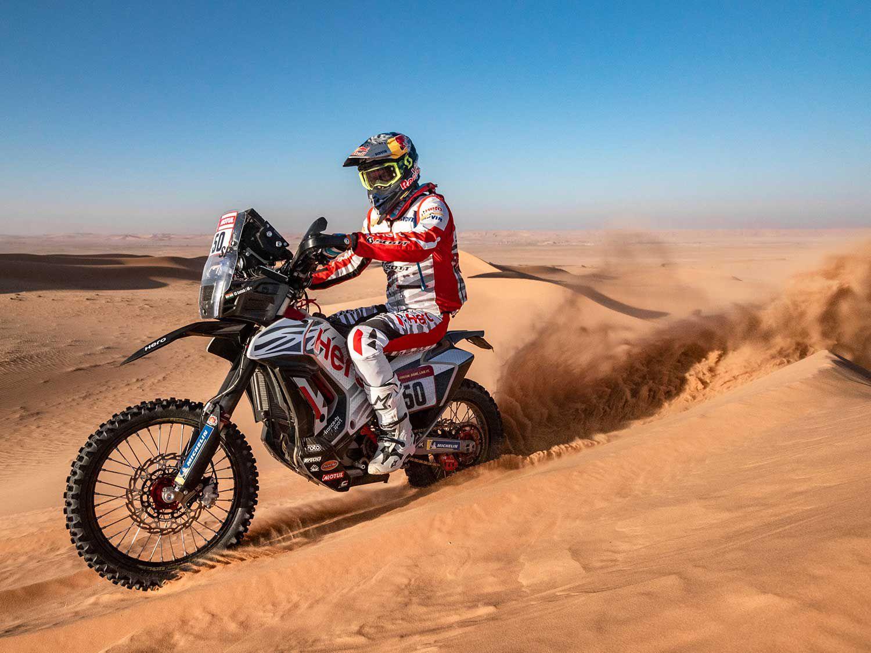 CS Santosh from the Hero Motosports Team Rally, races from Riyadh to Wadi al-Dawasir.