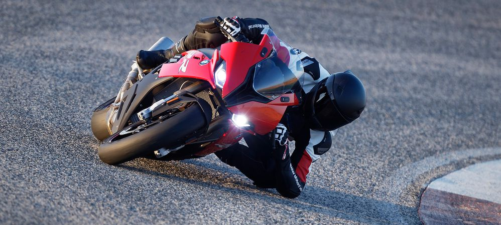 2019 BMW S1000RR First Look