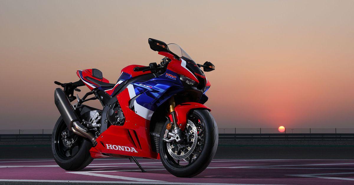 2021 Honda CBR1000RR-R Fireblade SP MC Commute Second Review