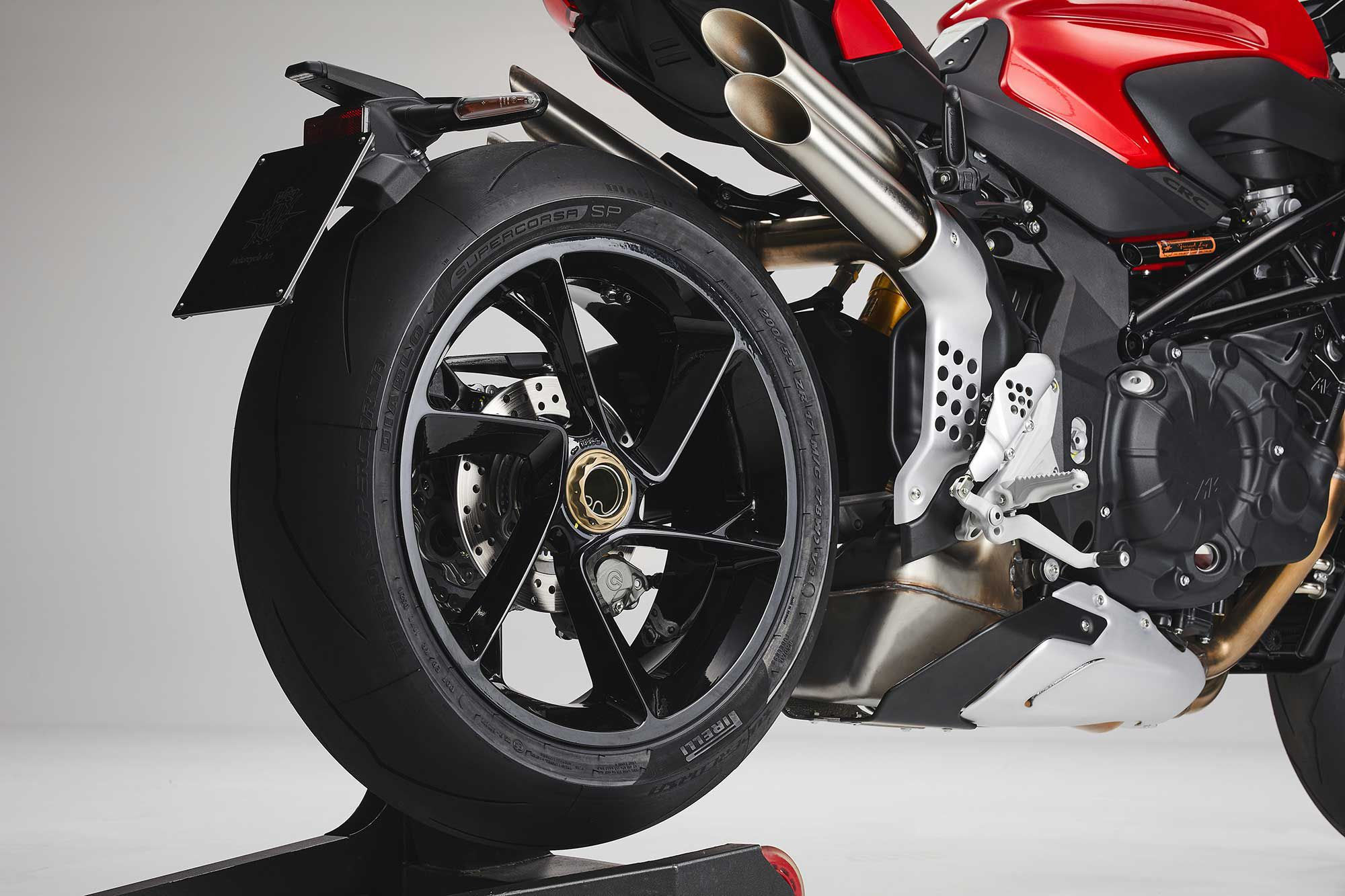 The RS has the same single-sided swingarm as the RR.