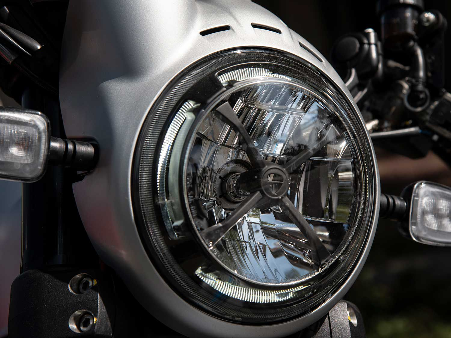 X marks the spot of the LED headlamp, offering an attractive way to demarcate the Scrambler's nose.