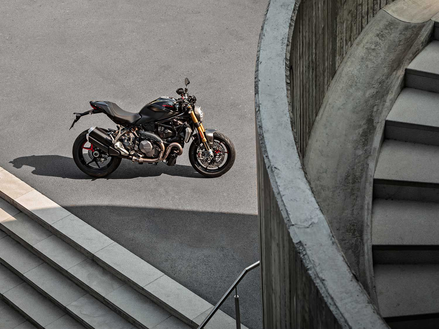 For 2020 Ducati's Monster 1200 S wears special gloss black on matte black livery.