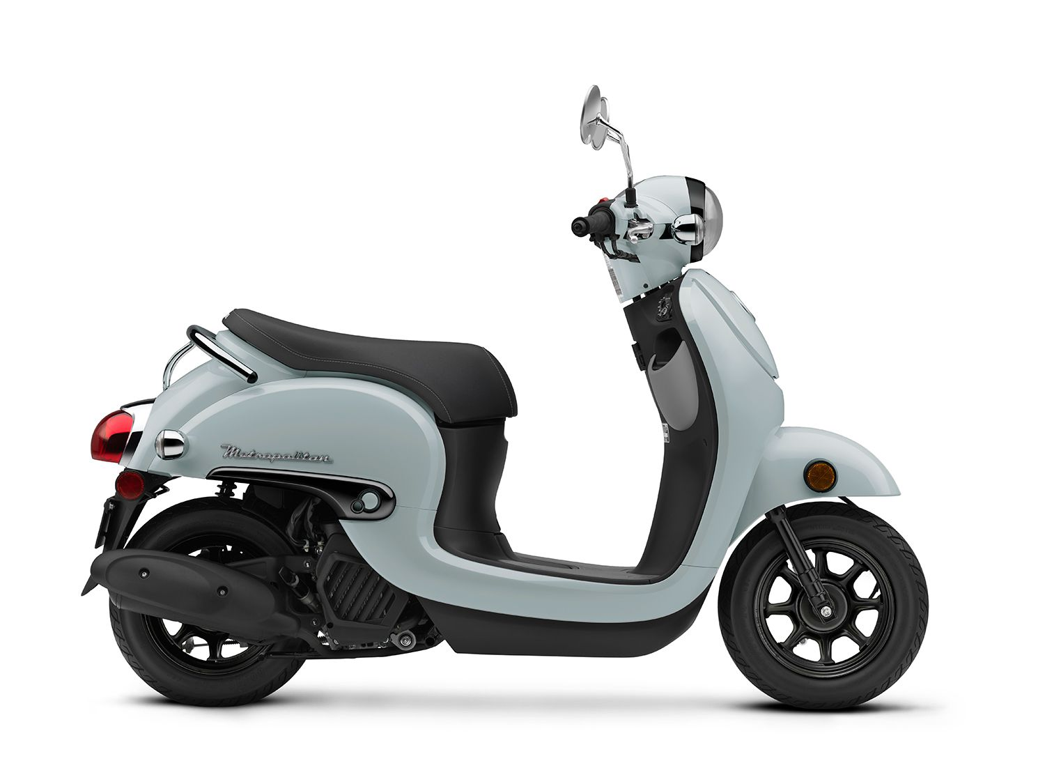 The Metropolitan scooter comes in Coastal Blue (shown) and Pearl Soft Beige.