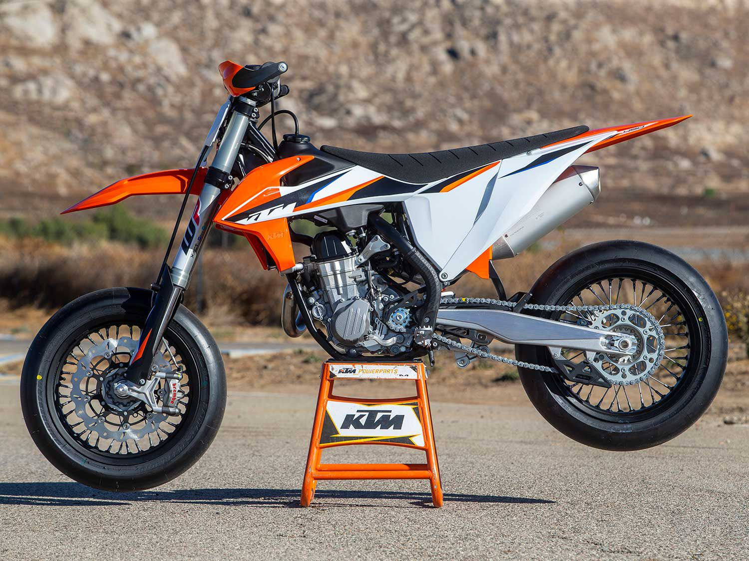 In typical KTM fashion, the 2021 450 SMR gets all of the powertrain and frame improvements that grace the 2021 450 SX-F motocross bike.