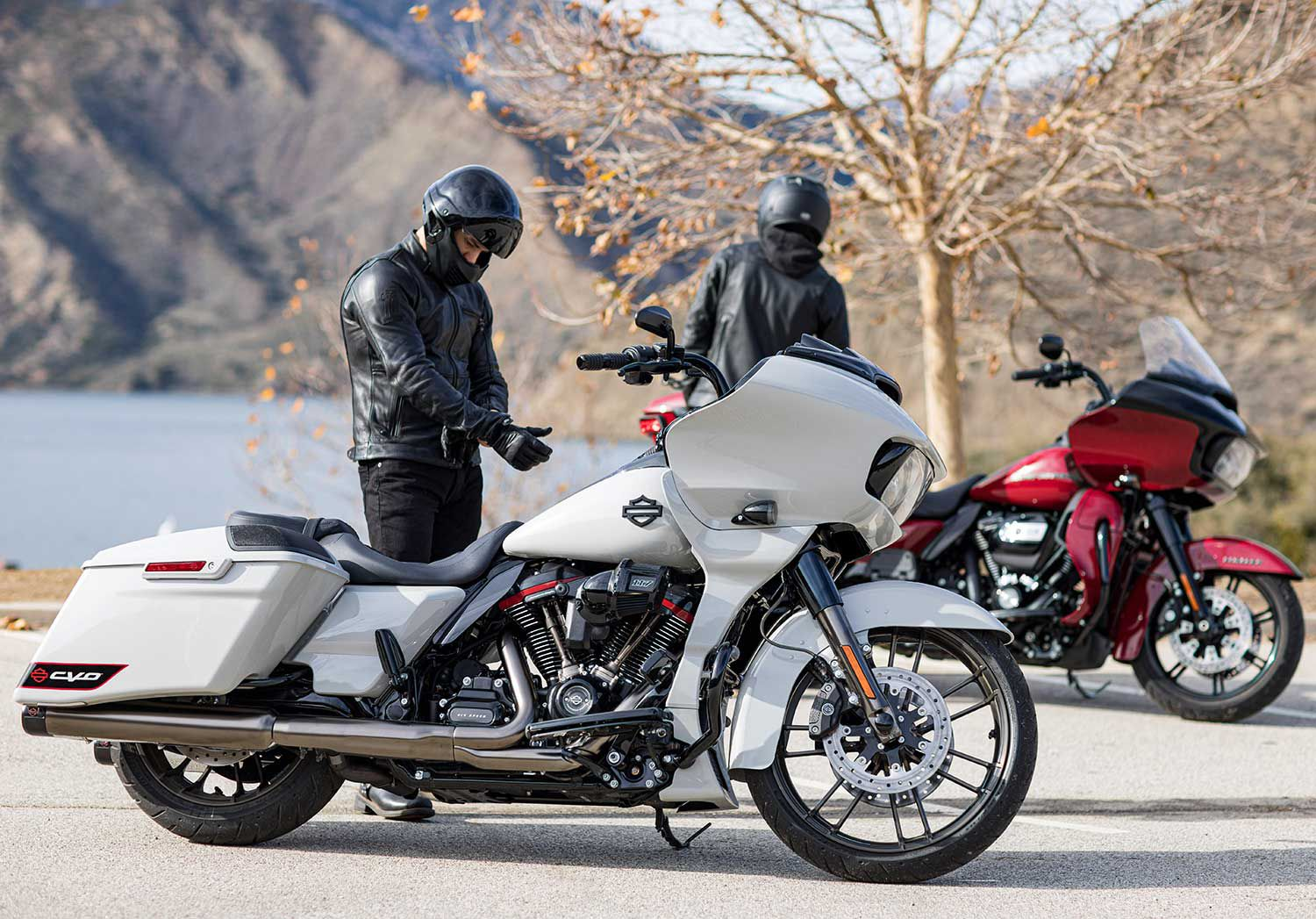The new CVO Road Glide against a more conventional model; while anyone can order a standard-issue Road Glide, the CVO model will be as rare as hen's teeth.