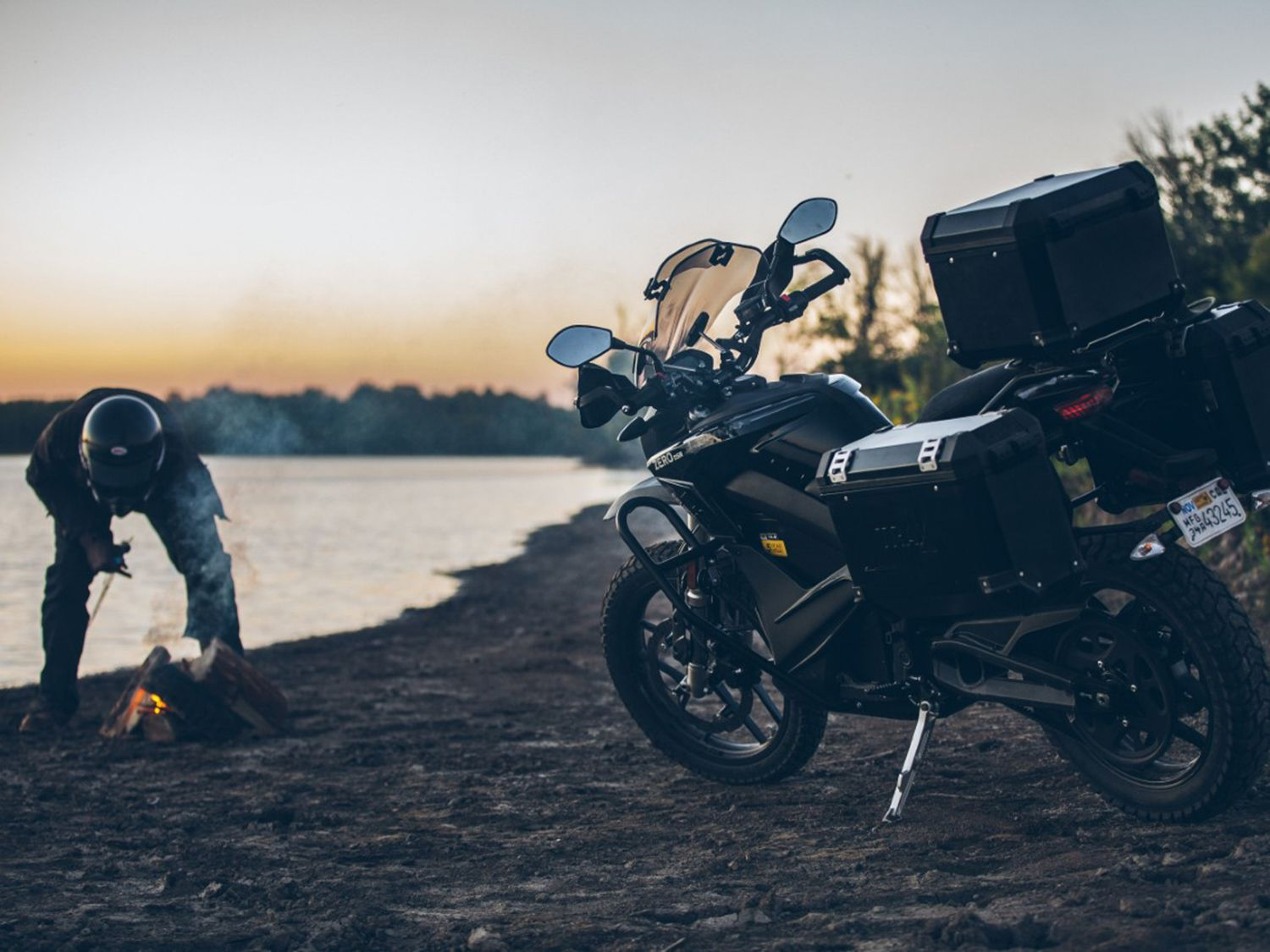 Take a good long look at the 2020 Zero DSR Black Forest. It started as a simple electric dual sport motorcycle and has evolved into a nice, lightweight adventure bike.