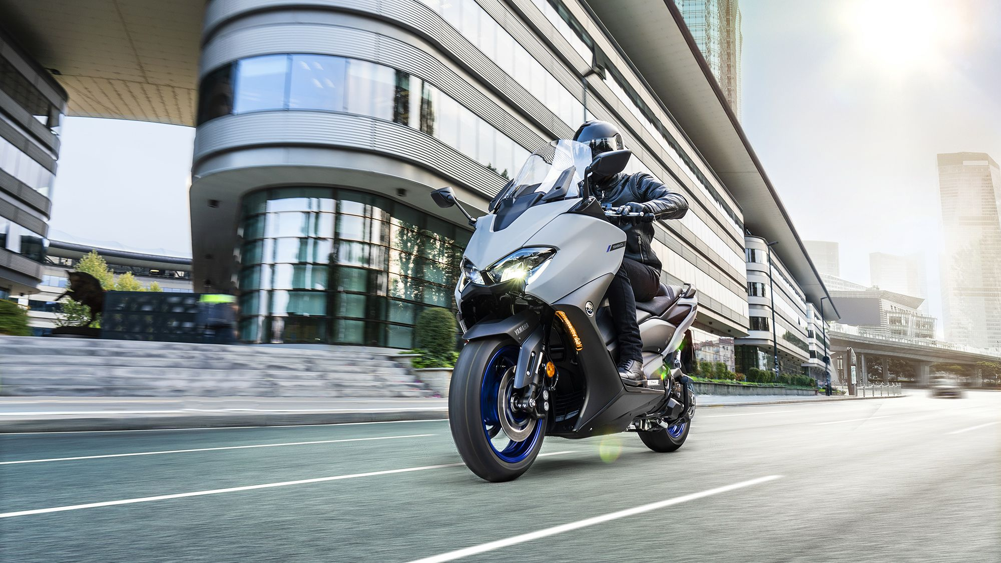 Revised bodywork gives the TMAX 560 a sportier look.
