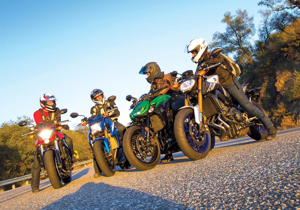 Bike Shootout: Honda CB1000R vs. Kawasaki Z1000 vs ... on