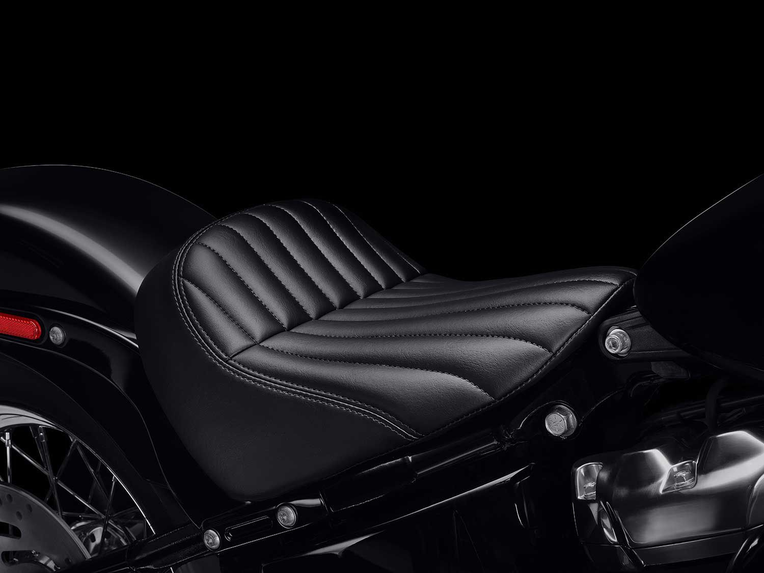 Comes with a solo seat for that bobber style.