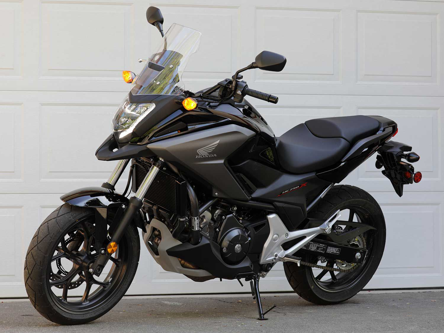 If comfort, efficiency, and function are what you're seeking in a motorcycle, Honda makes a great case for its 2020 NC750X.