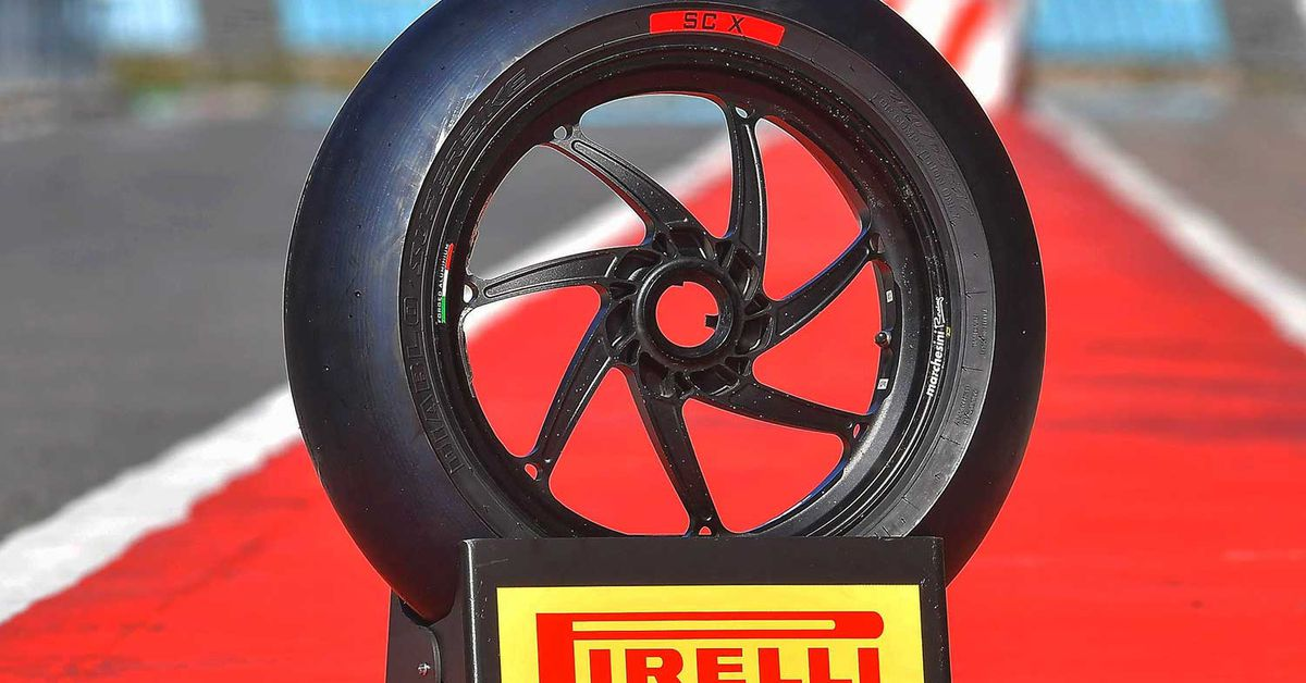 Best Pirelli Performance Motorcycle Tires 2020