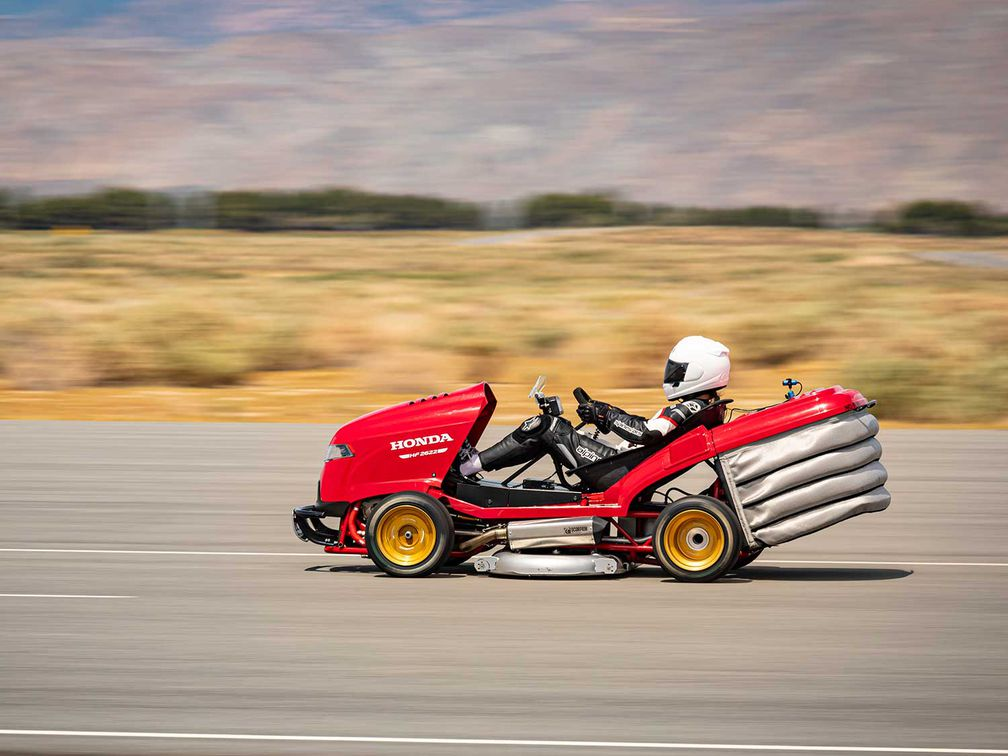 Honda CBR1000RR-Powered Lawn Mower Goes 150 mph | Motorcyclist