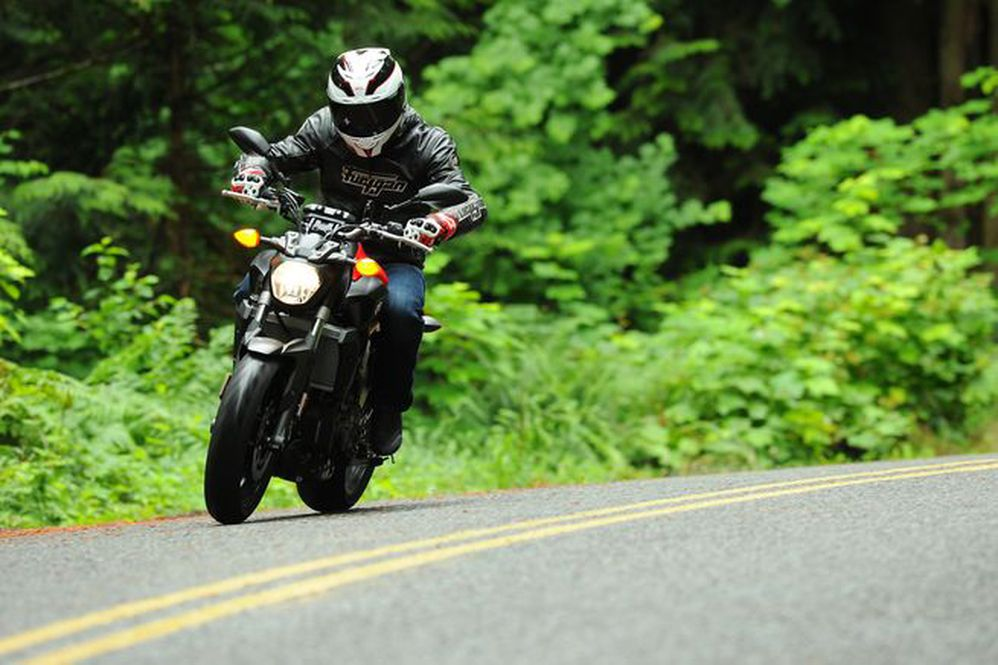 Top 5 Pipes For The Yamaha FZ-07   Motorcyclist