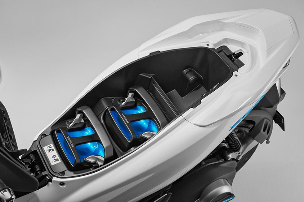 Will universal batteries help electric motorcycles appeal to more riders, or will crafting and maintaining swappable batteries be too wasteful to work?