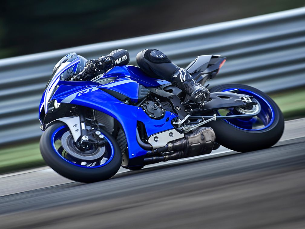 2020 Yamaha Yzf R1 And Yzf R1m First Look Motorcyclist