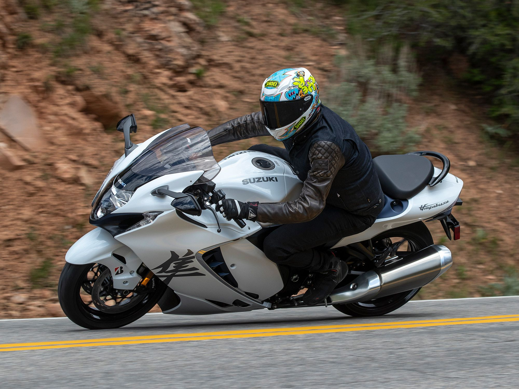 Suzuki joins the modern sportbike era with a suite of electronic rider aids. The electronics are easy to setup and allow the Hayabusa to go from mild to wild with a push of a button.