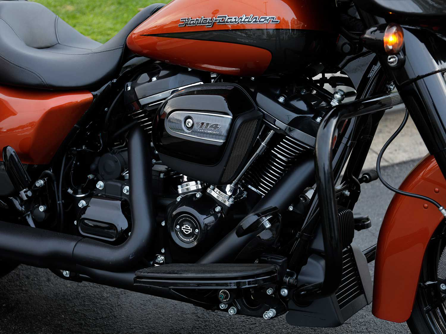 American muscle. The 2020 Street Glide Special gets Harley's 114-cubic-inch Milwaukee-Eight twin, good for nearly 111 pound-feet of torque at the back Dunlop.