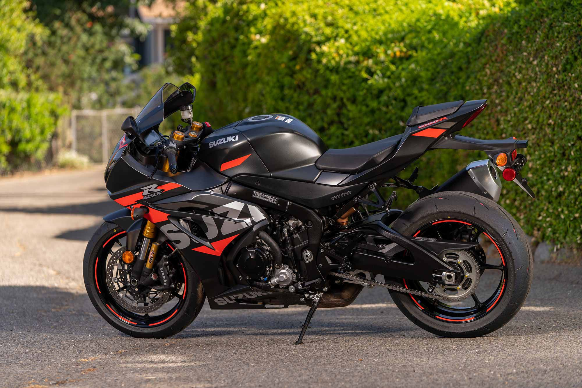 The 2021 GSX-R1000R commands an additional $1,950 versus the base GSX-R1000. For that upcharge you get higher specification suspension, an bi-directional quickshifter, launch control, steel-braided front brake lines, and cornering ABS.