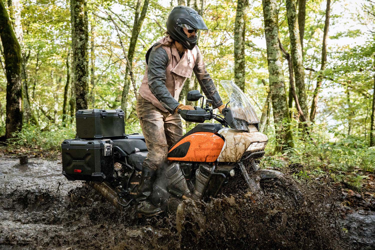 Jason Momoa, a Pan America 1250 brand ambassador, putting the Special through its paces.