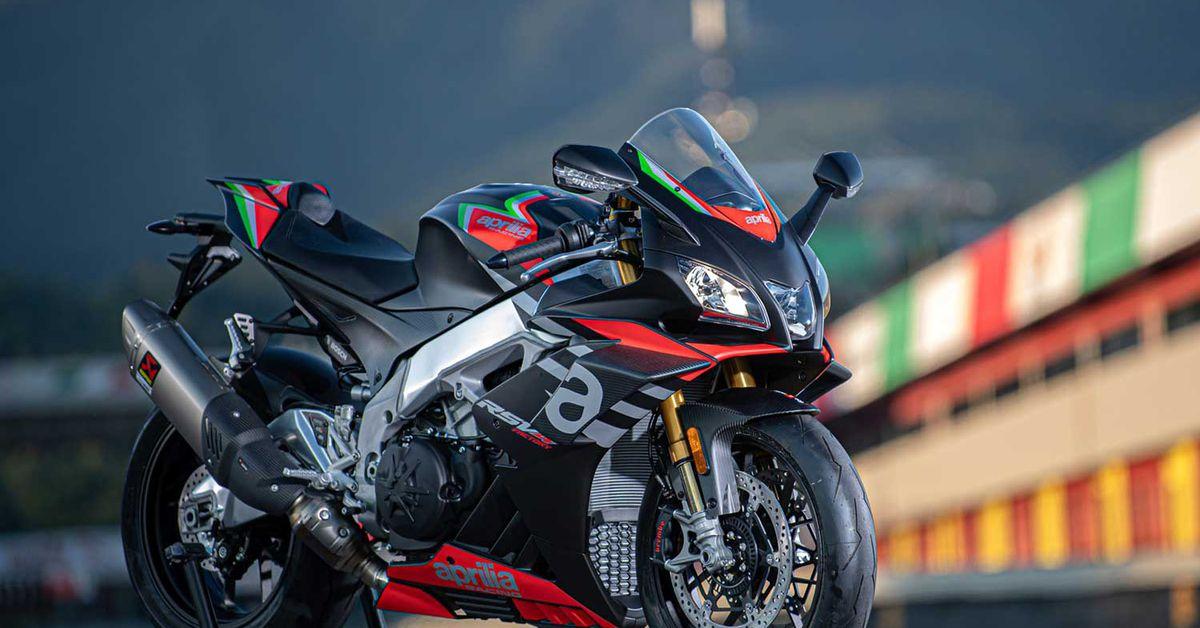 2020 Aprilia Rsv4 1100 Factory Mc Commute Review Motorcyclist