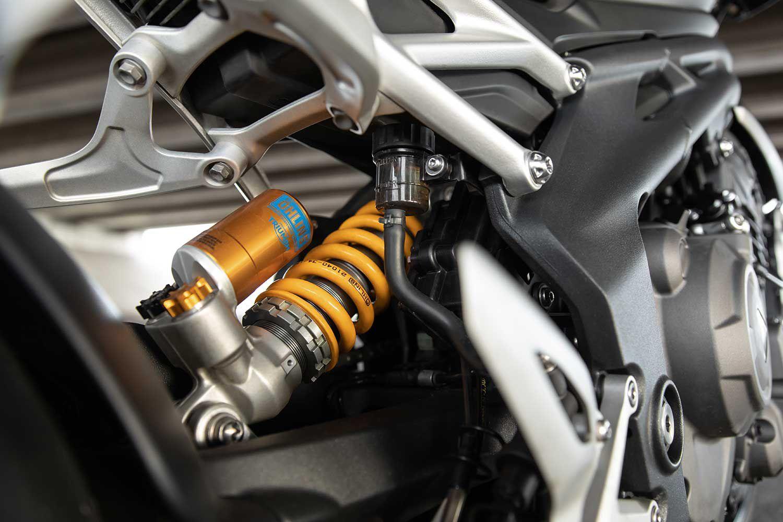 Fully adjustable Öhlins TTX 36 shock.