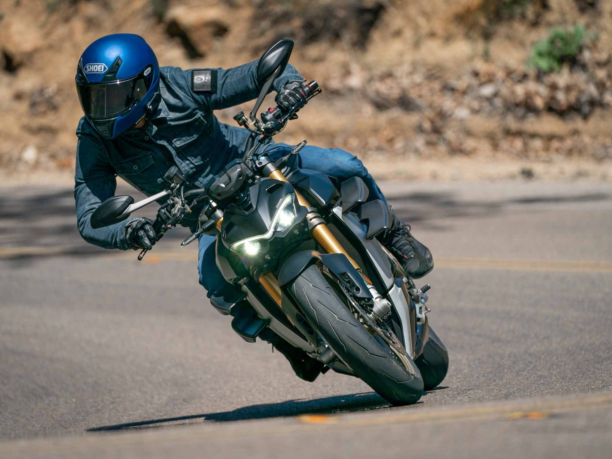 2021 Ducati Streetfighter V4 S MC Commute Review Gallery