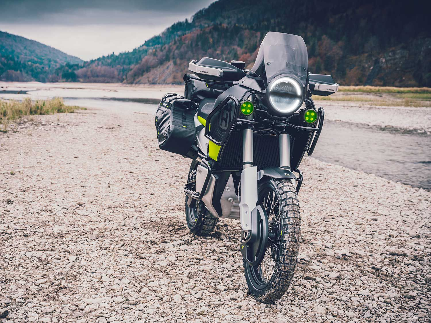 The Norden carries an 889.5cc parallel-twin engine.