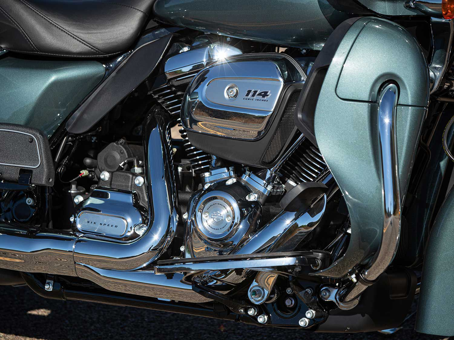 The 2020 Road Glide Limited comes standard with a Twin-Cooled Milwaukee-Eight 114.