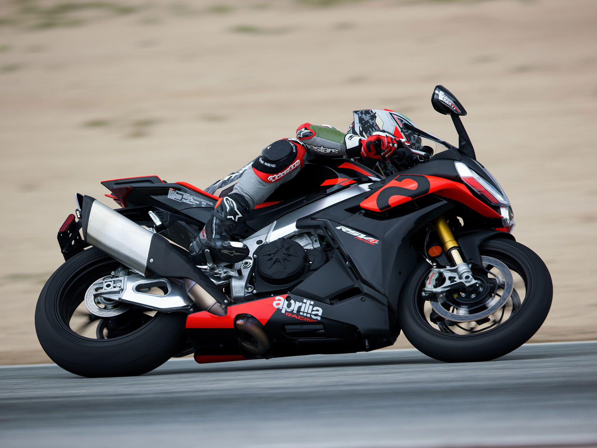 A lighter yet more rigid swingarm works in unison with the more powerful engine delivering astounding drive grip off turns.