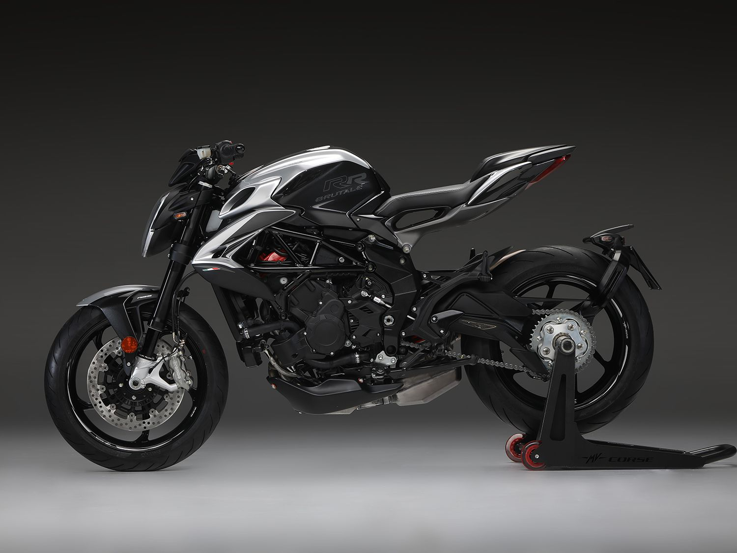 <h2>2020 MV Agusta Brutale 800 RR SCS</h2> </br> Like the Dragster 800 RR SCS, the 2020 Brutale 800 RR SCS will incorporate the SCS 2.0 (Smart Clutch System) for clutch-free starts and stopping.