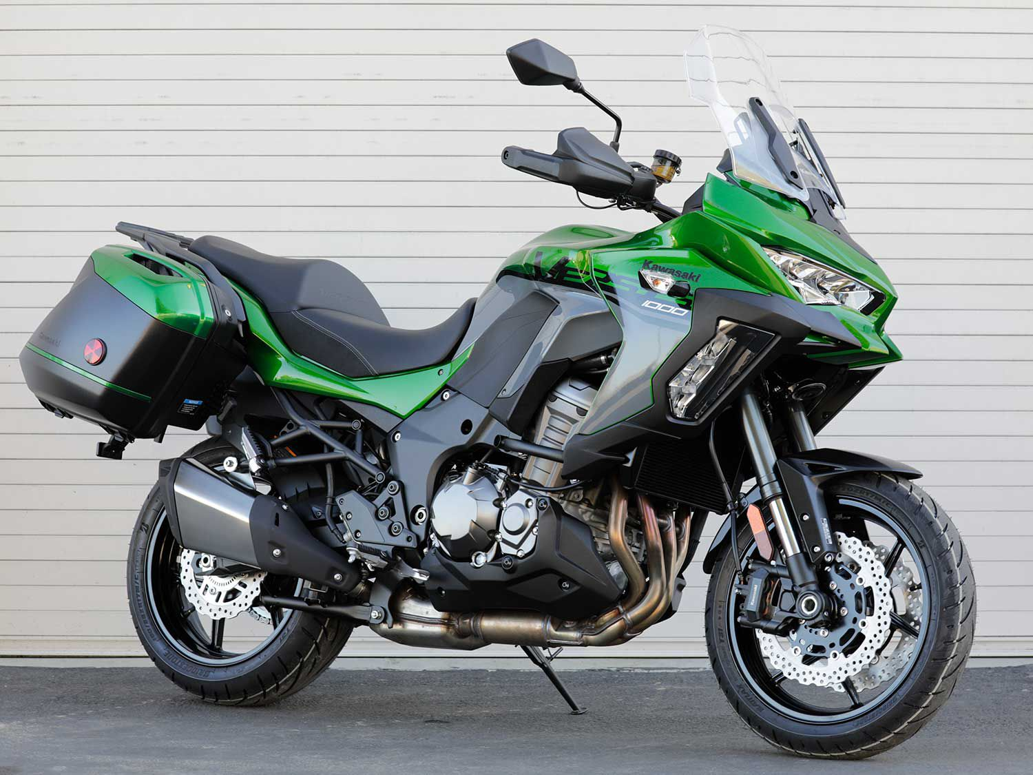 "Equal parts sport and touring, Kawasaki's 2020 Versys 1000 SE LT+ lives up to its ""Versys"" nomenclature."